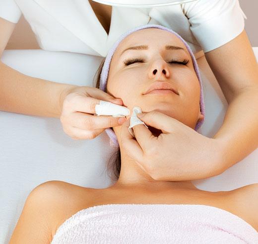 Protocolo despigmentante para el tratamiento integral de las hiperpigmentaciones faciales